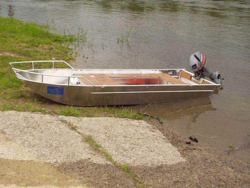 barque-alu-soudee-fond-plat_19