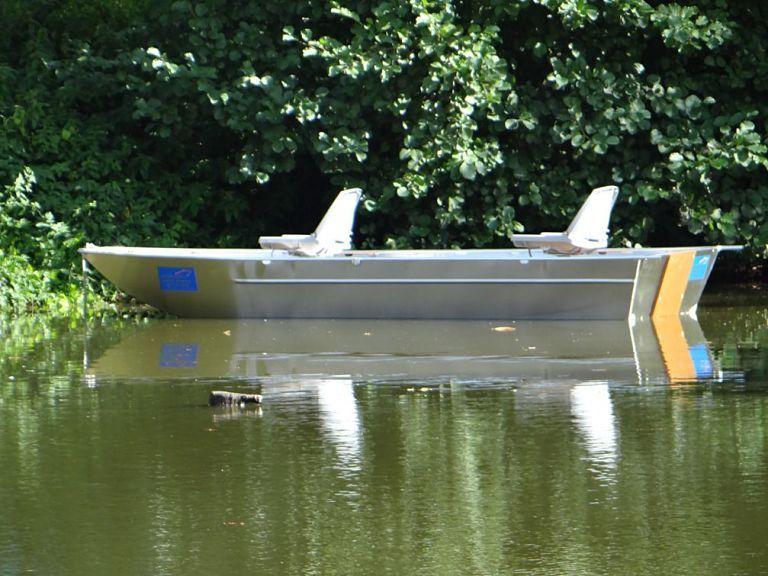 barque-alu-soudee-fond-plat_24