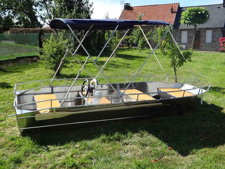 barque alu equipee d une console_10