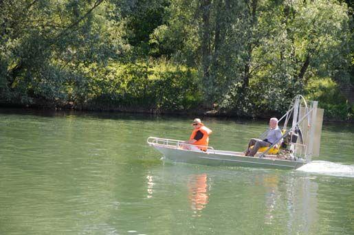 barque alu equipee en hydroglisseur_22