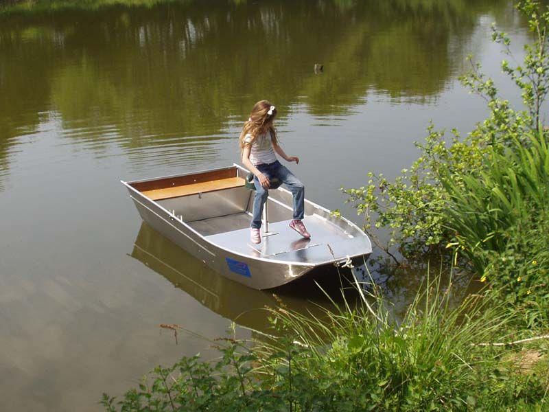 barque alu equipee avec plateforme_108