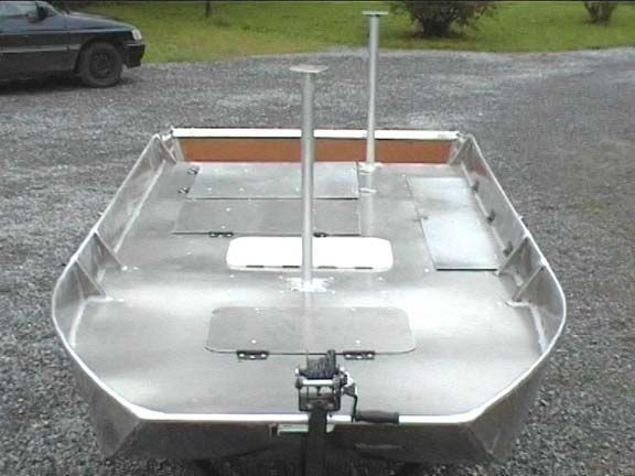 barque alu equipee avec plateforme_113