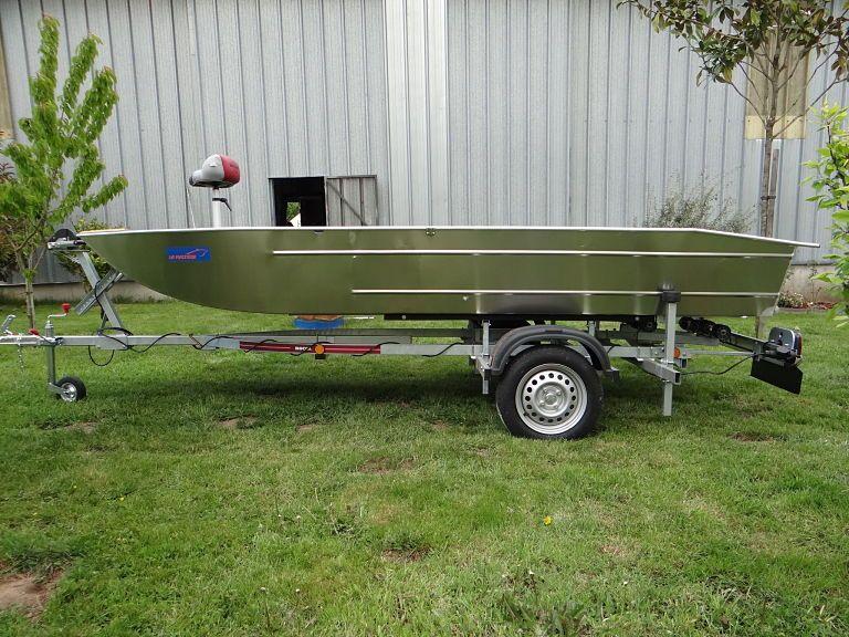 barque alu equipee avec plateforme_13