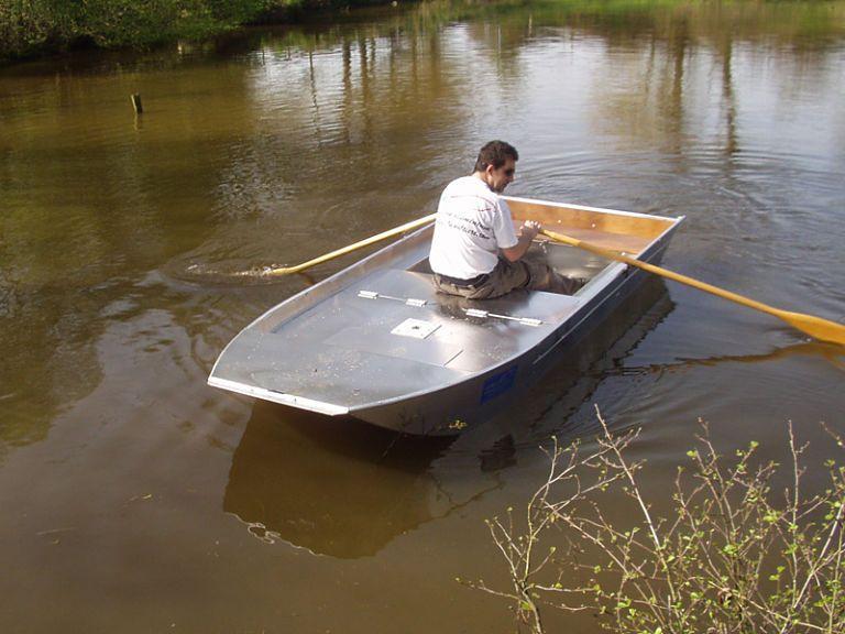 barque alu equipee avec plateforme_17