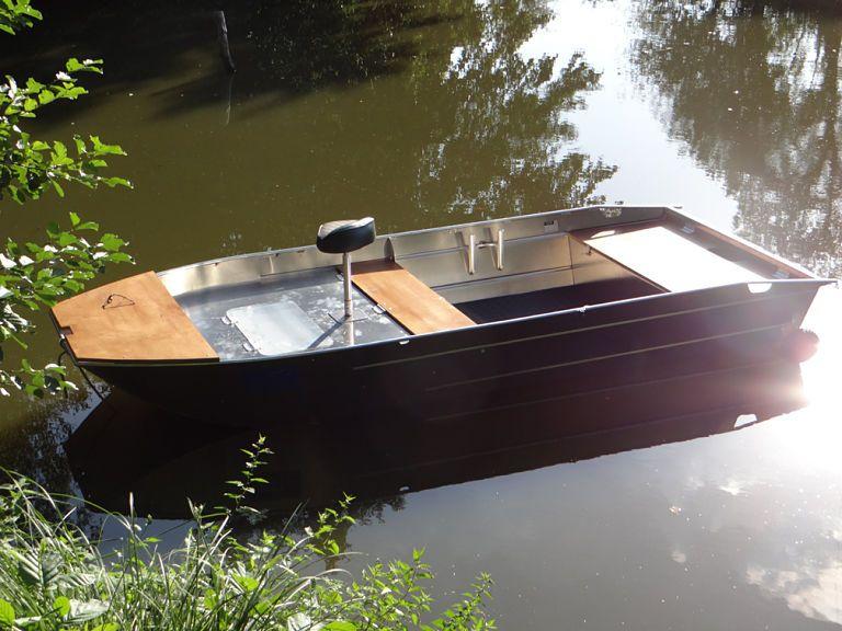 barque alu equipee avec plateforme_18