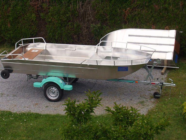 barque alu equipee avec plateforme_20