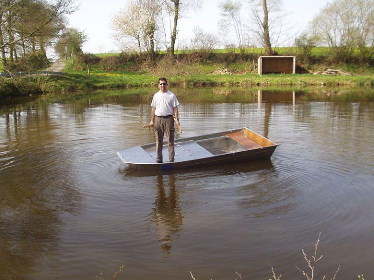barque alu equipee avec plateforme_25