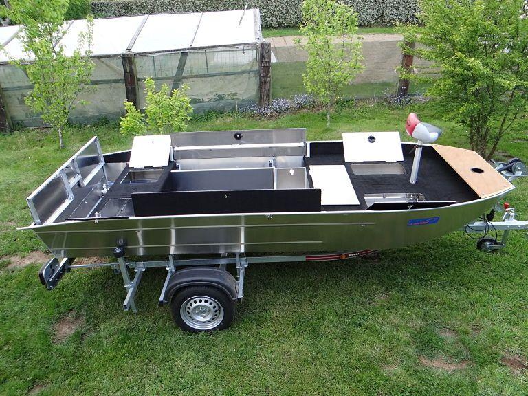 barque alu equipee avec plateforme_27