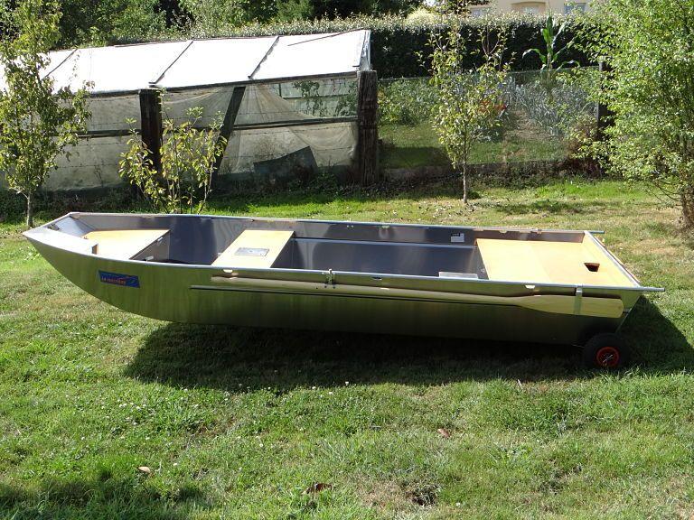 barque alu equipee avec plateforme_37