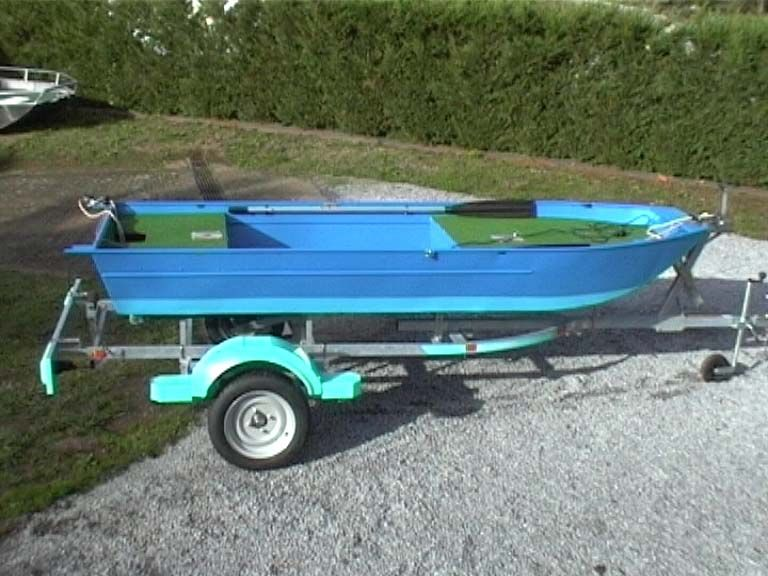 barque alu equipee avec plateforme_43