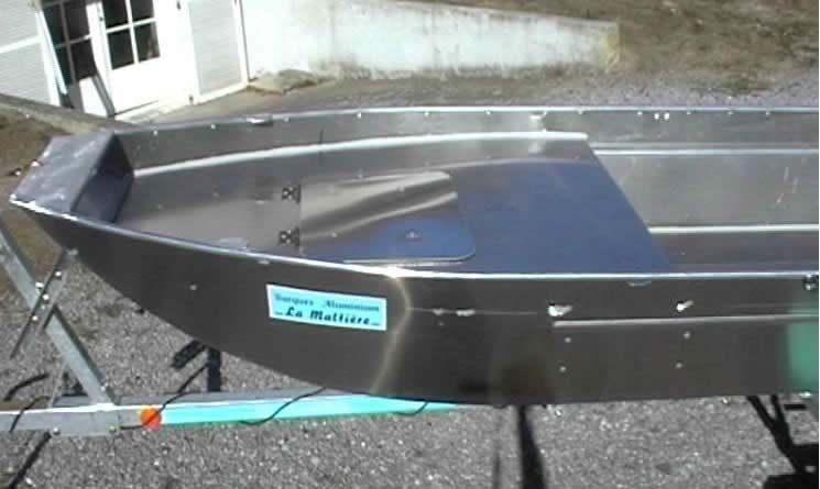 barque alu equipee avec plateforme_50