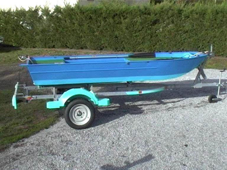 barque alu equipee avec plateforme_53