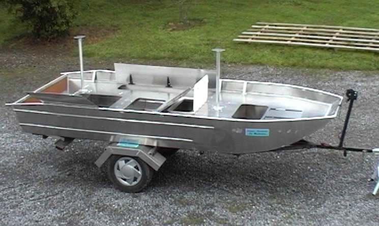 barque alu equipee avec plateforme_84