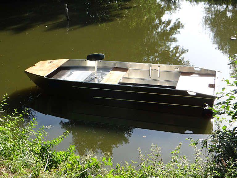 barque alu equipee avec plateforme_86