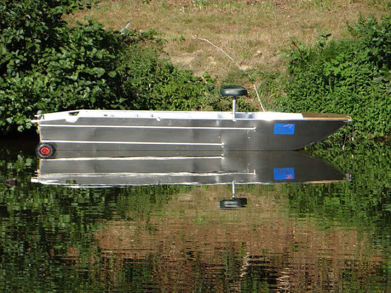barque alu equipee avec plateforme_87