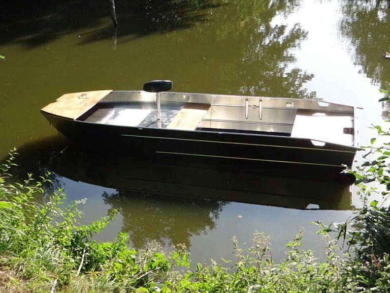 barque alu equipee avec plateforme_88