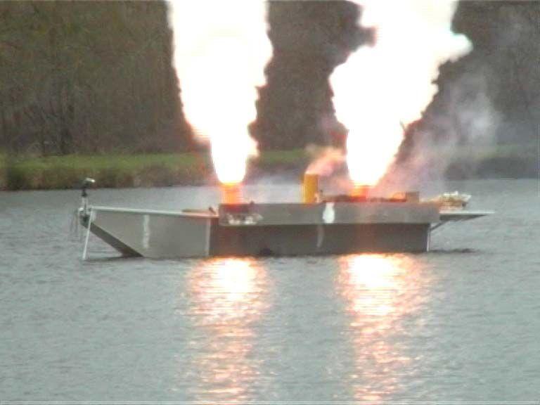 Barque fait main - réalisation unique en aluminium_38