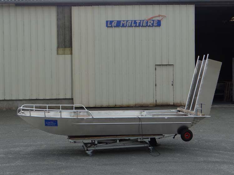 Barque fait main - réalisation unique en aluminium_40