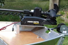 Small-boat-Support-moteur-a