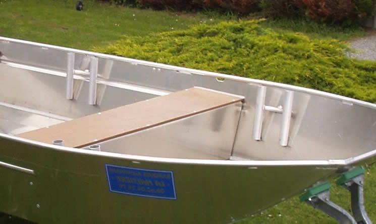 Barque fait main en aluminium - SupportsDeCannes_19