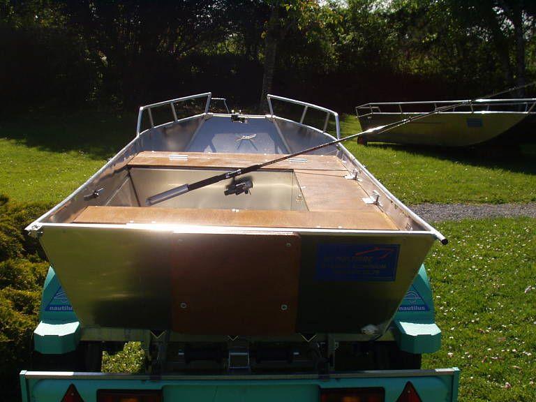Barque fait main en aluminium - SupportsDeCannes_24