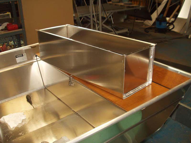 Barque fait main en aluminium -vivier_7