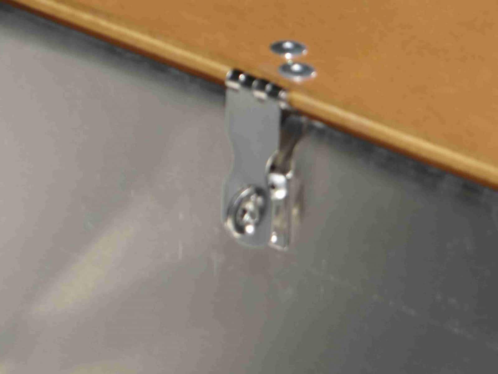 fermeture coffre barque aluminium