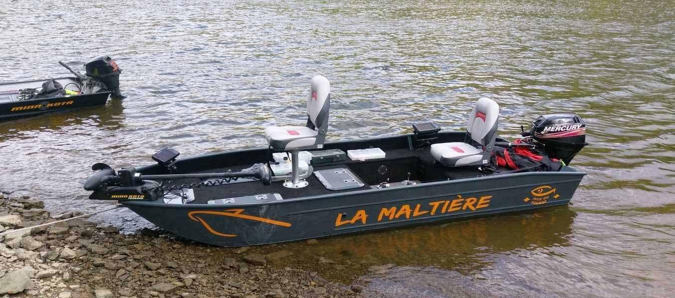 barque-aluminium-a-fond-plat